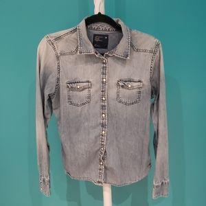 American Eagle Denim Long Sleeve Button Down Shirt